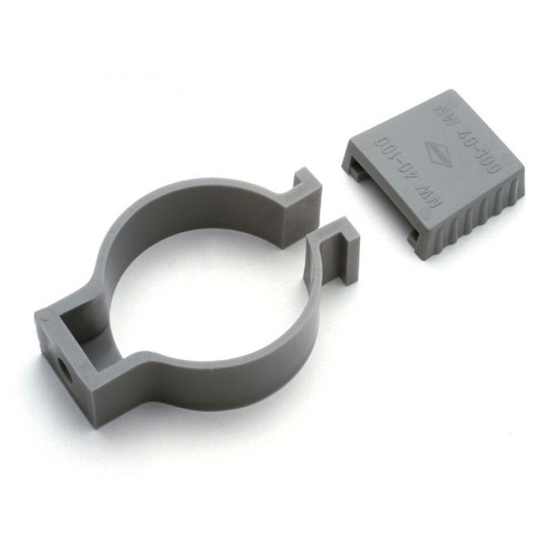 Pipe clamps for pipe system 75